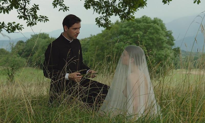 Kohtaus Mad love -elokuvasta. Kuva: Alfama Films Production.