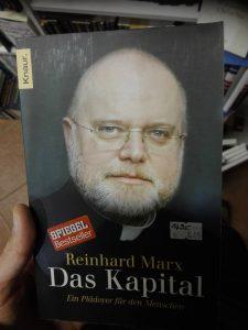 Kardinaali Reinhard Marx on kirjoittanut teoksen Das Kapital. Hmm, kuulostaa tutulta... Kuva: Emil Anton.