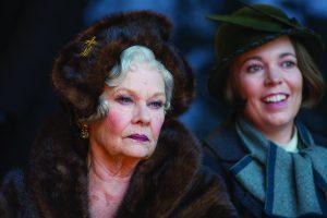 Elokuvassa näyttelevät myös Dame Judi Dench ja Olivia Colman.