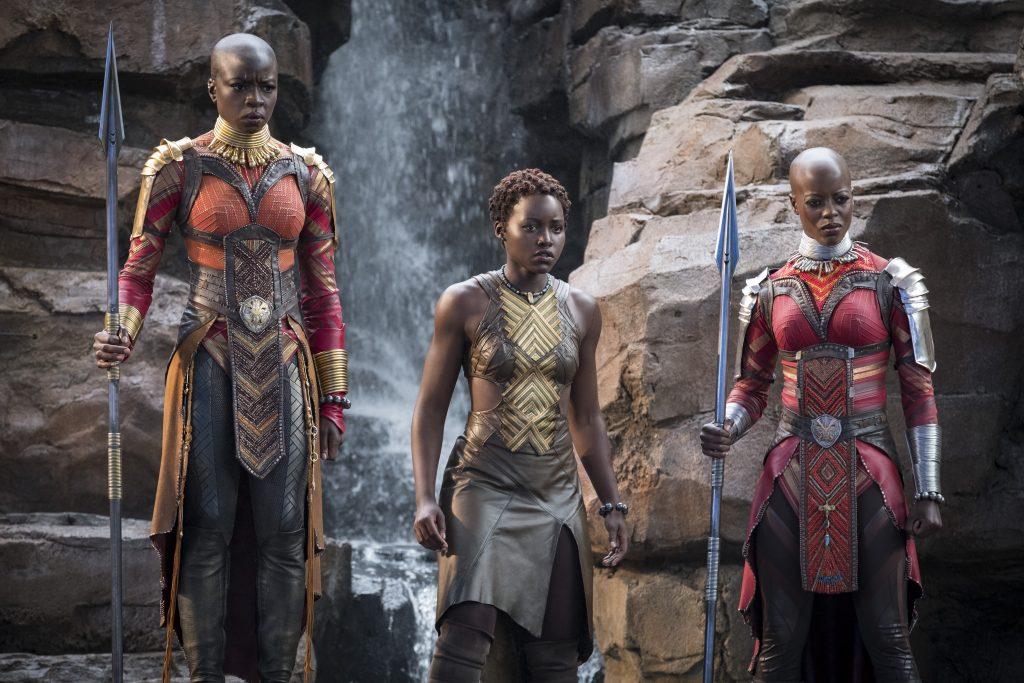 Wakandan valtaistuimen oma eliittisotilaiden joukko muodostuu lojaaleista, äärimmäisen taitavista taistelijoista. Kuva: ©Marvel Studios 2018.