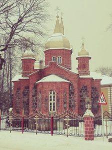 """Mustveen """"ainoauskoisten"""" kirkko on Virossa ainoa laatuaan. Kuva: Emil Anton."""