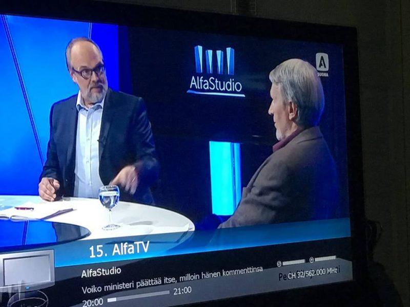 Petri Luomanen ja Tapio Puolimatka Alfa-studiossa. Kuva: Petri Luomanen.