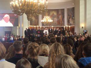 Paavi Tallinnassa. Kuva: Anna-Riina Hakala.