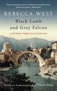 Kirjailija Rebecca West tulkitsi Sarajevon paikaksi, jossa itä kohtaa lännen. Kirjan kansikuva.