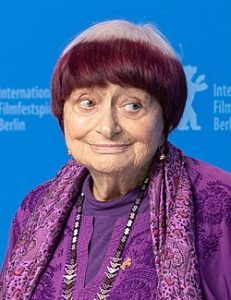 Agnes Varda tänä vuonna otetussa kuvassa. Kuva: Wikipedia.