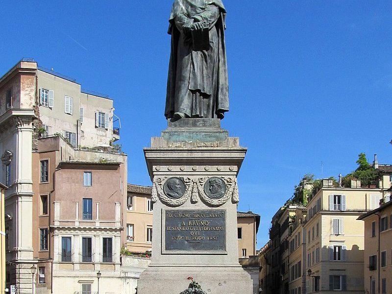 Giordano Brunon patsas Campo dei Fiorilla. Kuva: Wikipedia.